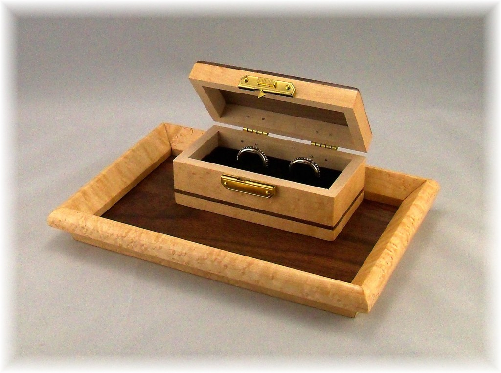 Ring box and tray chateau on the creek i do ceremonies for Custom made ring box
