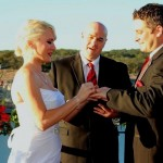 Austin Area Wedding Minister and couple exchanging vows